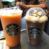 2/18/2017 tarihinde Rodrigo B.ziyaretçi tarafından Starbucks'de çekilen fotoğraf