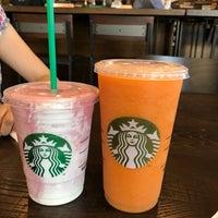 3/4/2017 tarihinde Rodrigo B.ziyaretçi tarafından Starbucks'de çekilen fotoğraf