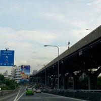 Photo taken at PTT- Jiffy Bangwua by Ple J. on 6/5/2014