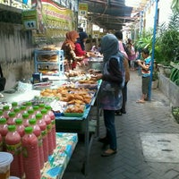 Photo taken at Pasar Sore Ramadhan KAUMAN by Anna A. on 8/2/2013