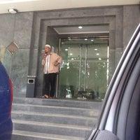 Das Foto wurde bei mandiri Syariah von Agas J. am 9/9/2016 aufgenommen