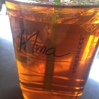 Photo taken at Starbucks Oficinas by Alba G. on 2/19/2013
