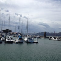Foto tirada no(a) Golden Gate Yacht Club por Shweta R. em 3/30/2013