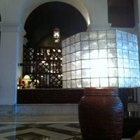 Photo taken at Centennial Hall (Manila Hotel) by ก.จารุ ส. on 10/23/2012