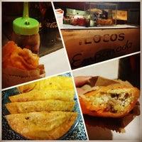 Foto tomada en Real Ilocos Empanada por Gilbertina N. el 3/19/2013