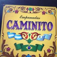 Foto tirada no(a) Empanadas Caminito por Debora F. em 9/27/2012