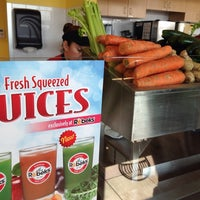 Photo taken at Robeks Fresh Juices & Smoothies by Larry A. on 3/6/2014