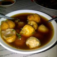 Photo taken at Bakso Babi 153 by At A. on 1/26/2013