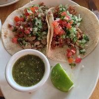 6/22/2013에 Arron A.님이 Lupe's East LA Kitchen에서 찍은 사진
