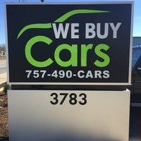 Photo taken at Locals Car Buyer by Locals Car Buyer on 7/20/2016
