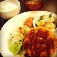 Photo taken at Apple B by Yoichi T. on 9/18/2012