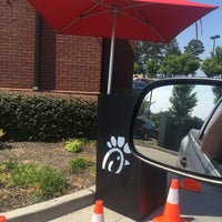 Photo taken at Chick-fil-A Dacula by Rich B. on 6/30/2016