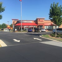 Photo taken at Chick-fil-A Dacula by Rich B. on 6/23/2016