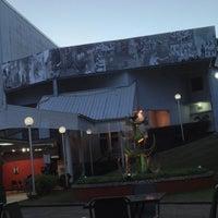 Foto tomada en Naparima Bowl por Shivanna S. el 10/23/2012