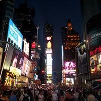 Das Foto wurde bei W New York - Times Square von Chris B. am 6/13/2013 aufgenommen