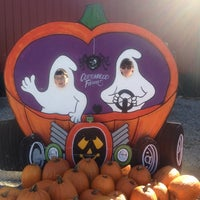 Photo taken at Siegel's Cottonwood Farm by Alison H. on 10/13/2013