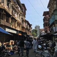 Photo taken at Chor Bazaar (Thieves' Market) by Baron R. on 10/9/2016