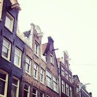 Photo taken at 9 Straatjes by Diana P. on 5/18/2013