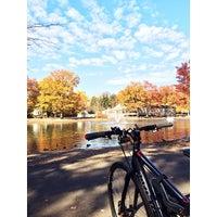 Foto scattata a Ridgewood Duck Pond da Daniel C. il 11/2/2013