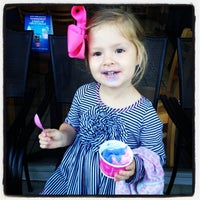 Photo taken at Baskin-Robbins by Mike S. on 4/25/2013