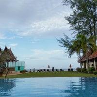 Photo taken at Royal Lanta Resort And Spa Koh Lanta by Thief o. on 7/30/2014