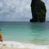 Photo taken at Royal Lanta Resort And Spa Koh Lanta by Thief o. on 7/31/2014