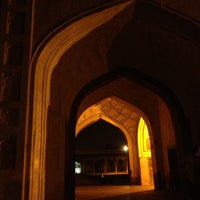 Photo taken at Red Fort (Lal Qila) by Juliana L. on 6/5/2013