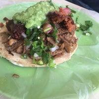 Photo taken at Tacos La Güera by Eduardo P. on 8/3/2016