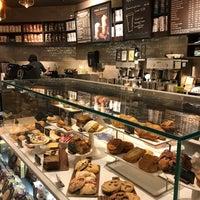 Photo taken at Starbucks by Eduardo P. on 10/23/2016