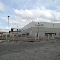 Foto tirada no(a) Centro Las Americas por Eduardo P. em 11/17/2012