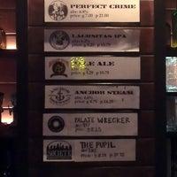 Foto scattata a Harbor Town Pub da Cesar V. il 3/2/2013