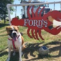 Foto diambil di Ford's Lobsters oleh ACM pada 8/27/2016