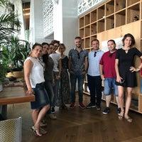 9/11/2017 tarihinde Emrullah Sedat S.ziyaretçi tarafından Akra Barut Lobby Lounge'de çekilen fotoğraf