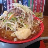 Photo taken at 麺屋あっぷる by Shinji M. on 3/8/2014