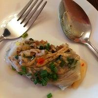 Photo taken at Patcharee Vietnamese Kitchen by  Pan Pan  on 4/24/2011