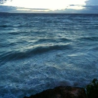Photo taken at D'Perahu by Shen W. on 12/23/2012