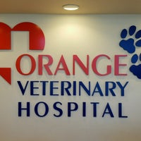 Foto tomada en Orange Veterinary Hospital  por Nic R. el 9/23/2016