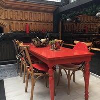 3/31/2018 tarihinde Burcu Ş.ziyaretçi tarafından L'Ange Patisserie & Café'de çekilen fotoğraf