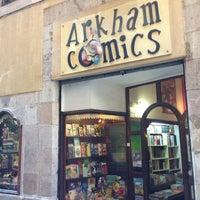 Photo prise au Arkham Comics par Ivan M. le6/15/2013