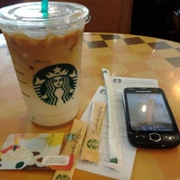 Photo taken at Starbucks by Nur Amalina R. on 11/7/2013