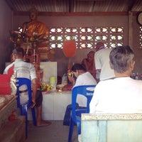 Photo taken at วัดสวนพล by Natsara M. on 8/24/2014