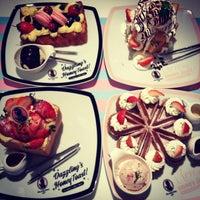 Das Foto wurde bei Dazzling Cafe Pink von Albertus R. am 1/23/2013 aufgenommen