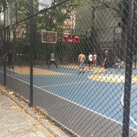 Photo taken at West 4th Street Courts (The Cage) by Hanyi M. on 10/20/2016