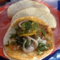 Photo taken at Tacos Famsa by Mizraim C. on 10/22/2012