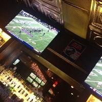 Das Foto wurde bei Ned Devine's Irish Pub & Sports Bar von Logan L. am 12/23/2012 aufgenommen