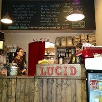 Снимок сделан в Lucid Cafe пользователем Hannah W. 2/19/2013