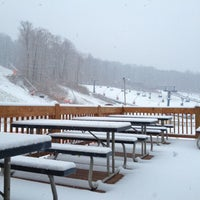 Photo taken at Shawnee Mountain Ski Area by Kevin J. F. on 11/27/2012