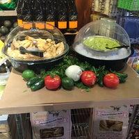 Photo prise au Whole Foods Market par Monika S. le5/4/2014