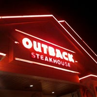 Photo taken at Outback Steakhouse by Marcos G. on 9/16/2012