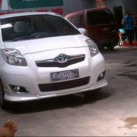 Photo taken at Pegasus graha auto,Manukan,Surabaya by baguz y. on 9/2/2013